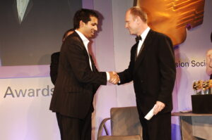 Faisal Islam winning JST/RTS Young Journalist of the Year award in 2006